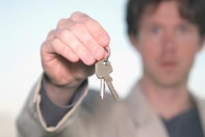 Eine fristlose Kündigung des Mieters kann aufgrund unerlaubten Eindringens des Vermieters in die Wohnung erfolgen.