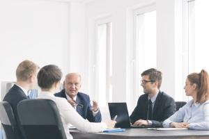 Fristlose Kündigung - widersprechen: Ein Einspruch kann beim Betriebsrat eingereicht werden.