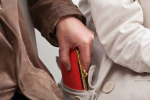 Ein Kündigungsgrund, der auf Vertrauensverlust basiert, ist beispielsweise Diebstahl.